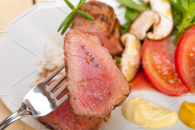 grilled beef filet mignon with vegetables 032.jpg - Food & Drink