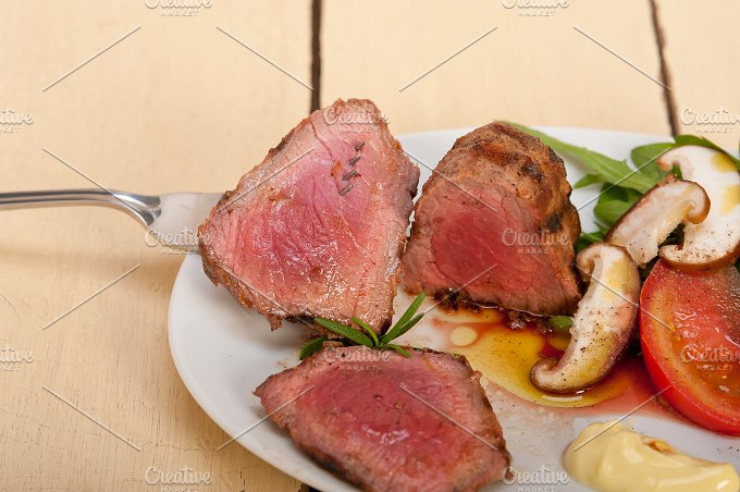 grilled beef filet mignon with vegetables 039.jpg - Food & Drink