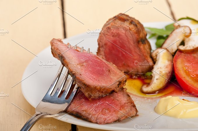 grilled beef filet mignon with vegetables 041.jpg - Food & Drink