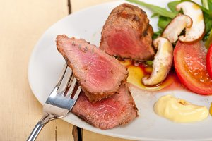 grilled beef filet mignon with vegetables 042.jpg