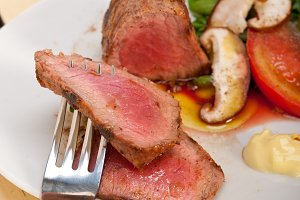 grilled beef filet mignon with vegetables 044.jpg