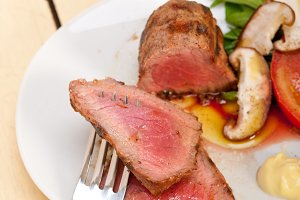 grilled beef filet mignon with vegetables 045.jpg