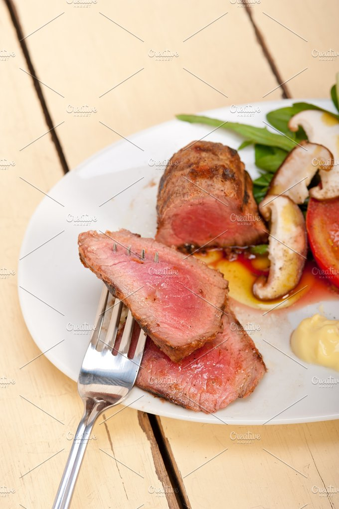 grilled beef filet mignon with vegetables 045.jpg - Food & Drink