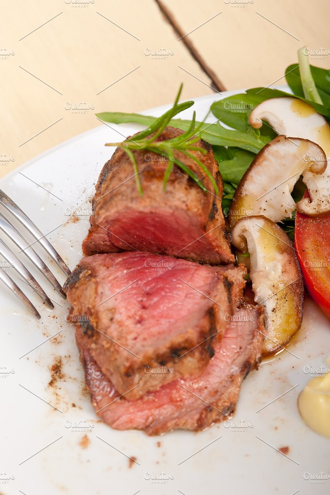 grilled beef filet mignon with vegetables 047.jpg - Food & Drink