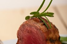 grilled beef filet mignon with vegetables 050.jpg