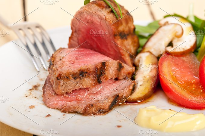 grilled beef filet mignon with vegetables 052.jpg - Food & Drink
