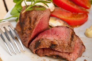 grilled beef filet mignon with vegetables 056.jpg