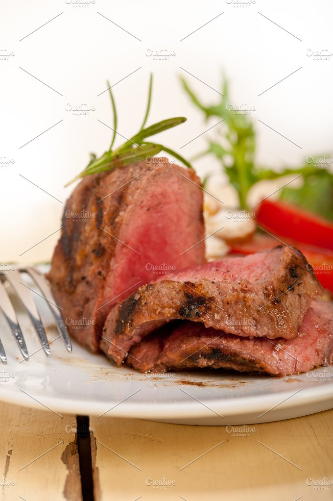 grilled beef filet mignon with vegetables 055.jpg - Food & Drink