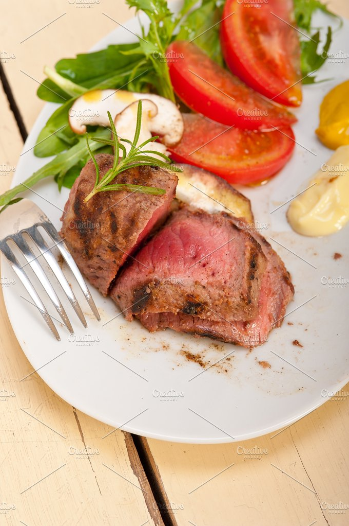 grilled beef filet mignon with vegetables 058.jpg - Food & Drink