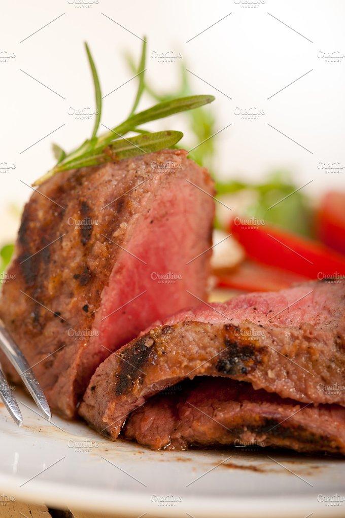 grilled beef filet mignon with vegetables 060.jpg - Food & Drink