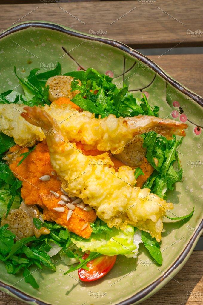 japanese shrimps tempura and salad 005.jpg - Food & Drink