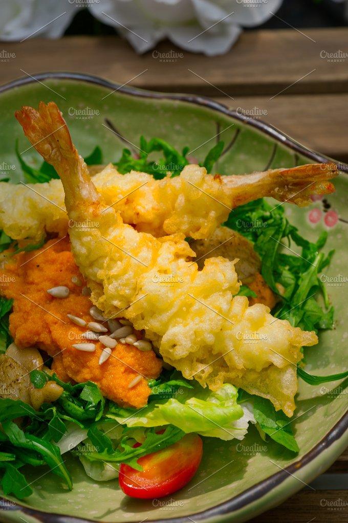 japanese shrimps tempura and salad 004.jpg - Food & Drink