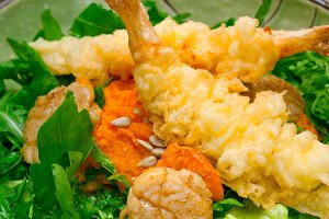 japanese shrimps tempura and salad 008.jpg