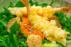 japanese shrimps tempura and salad 009.jpg