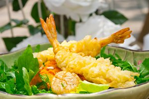 japanese shrimps tempura and salad 010.jpg