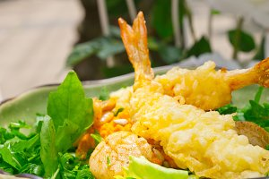 japanese shrimps tempura and salad 014.jpg