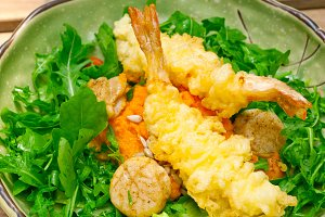 japanese shrimps tempura and salad 015.jpg