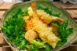 japanese shrimps tempura and salad 018.jpg
