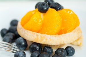 orange tangerine and blueberries cream cupcake 004.jpg