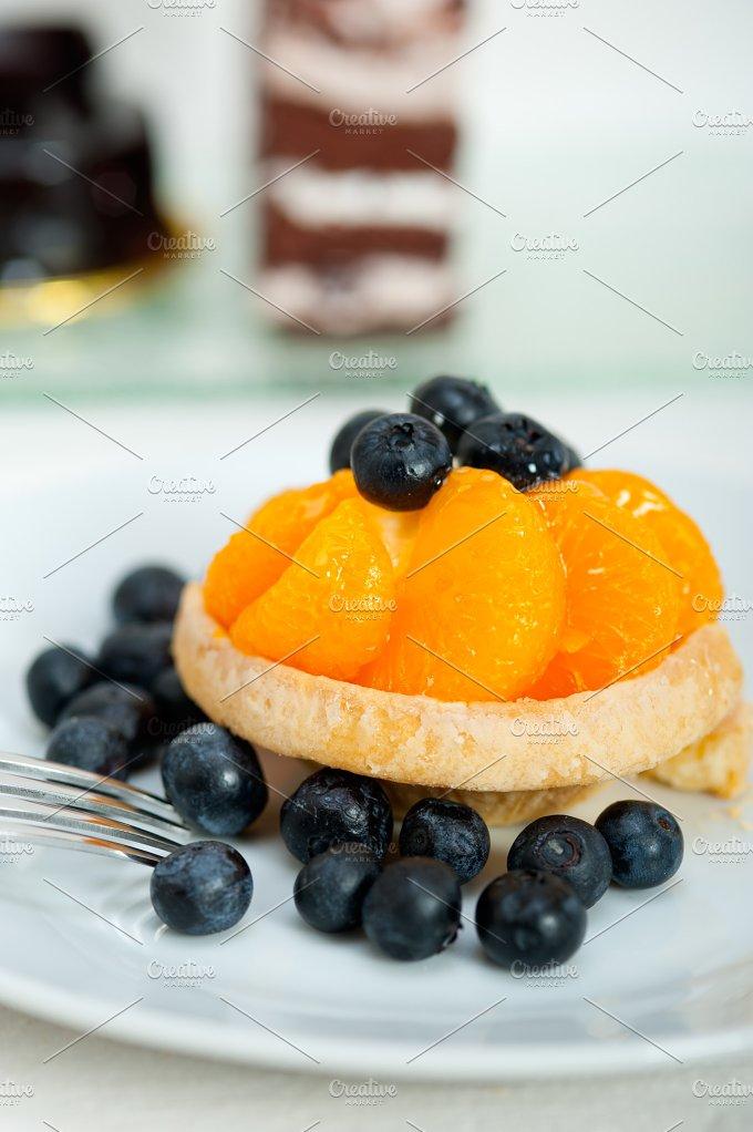 orange tangerine and blueberries cream cupcake 003.jpg - Food & Drink