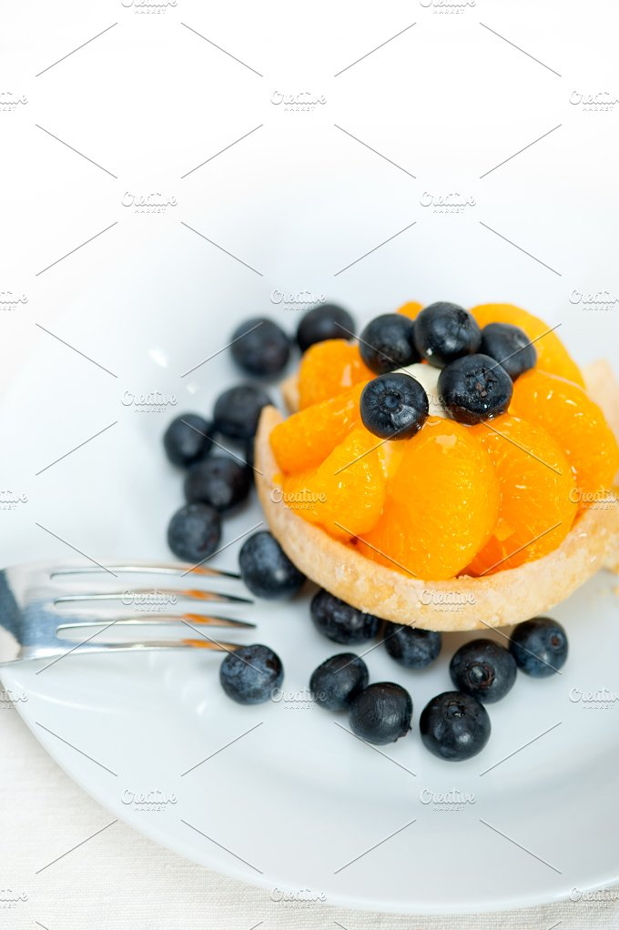 orange tangerine and blueberries cream cupcake 001.jpg - Food & Drink