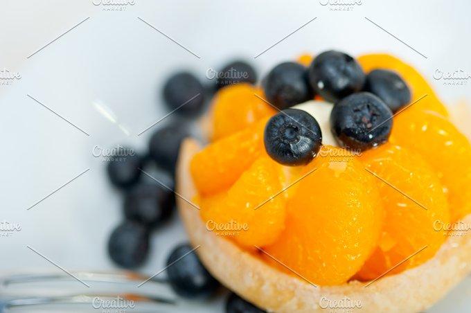 orange tangerine and blueberries cream cupcake 006.jpg - Food & Drink