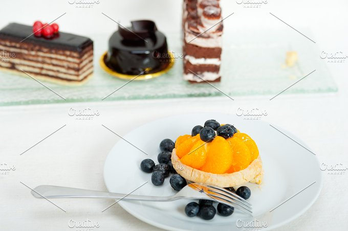 orange tangerine and blueberries cream cupcake 014.jpg - Food & Drink