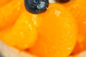 orange tangerine and blueberries cream cupcake 017.jpg