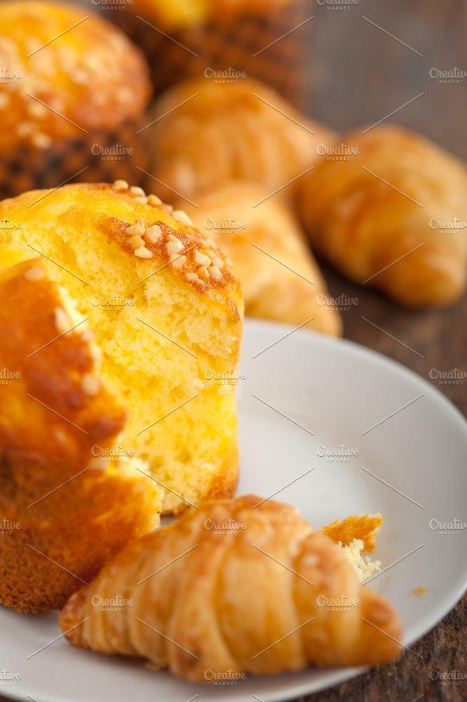 pastry cake 023.jpg - Food & Drink