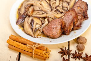 venison deer  filet tenderloin with wild mushrooms 040.jpg