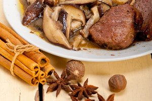 venison deer  filet tenderloin with wild mushrooms 042.jpg