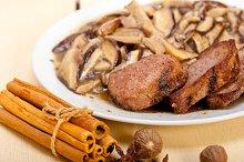 venison deer  filet tenderloin with wild mushrooms 048.jpg