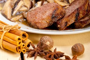 venison deer  filet tenderloin with wild mushrooms 050.jpg