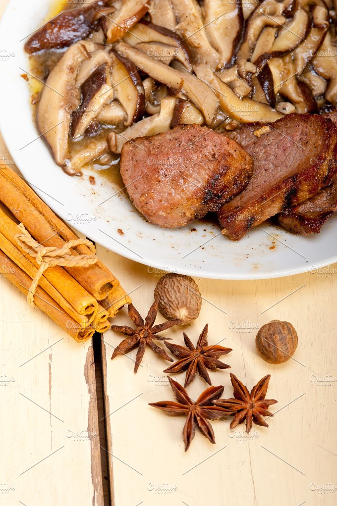 venison deer filet tenderloin with wild mushrooms 052.jpg - Food & Drink