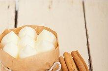 vanilla and spice cream cake dessert 002.jpg