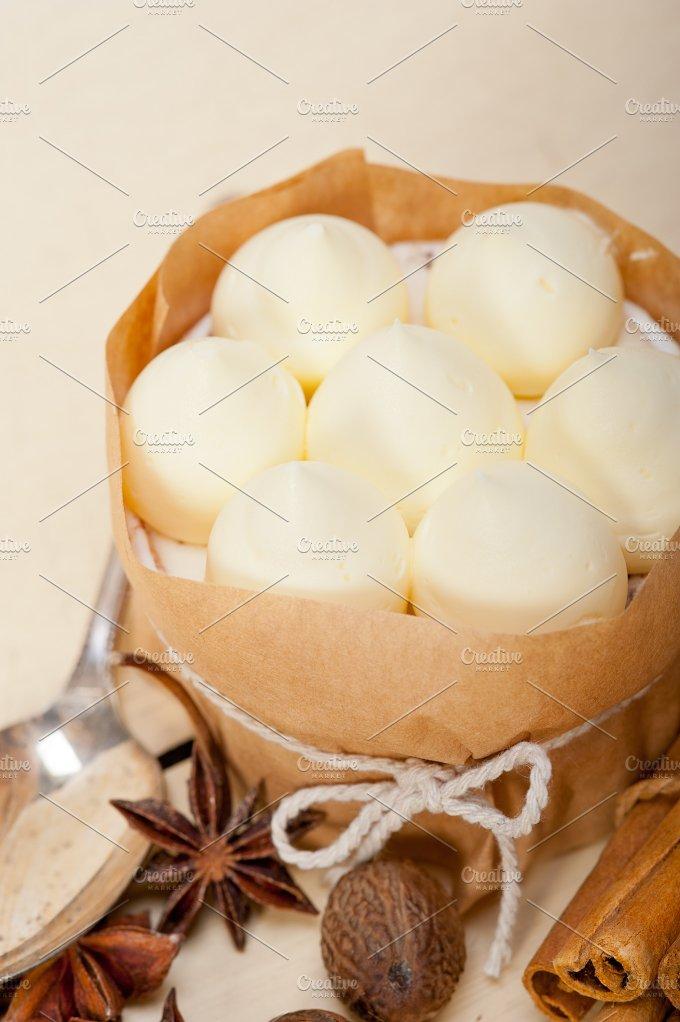 vanilla and spice cream cake dessert 028.jpg - Food & Drink