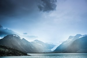 Mountains & Glacier