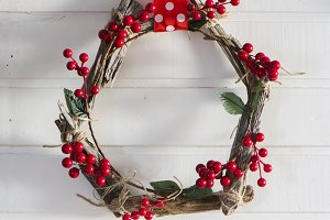 Rustic wooden wreath handmade red b