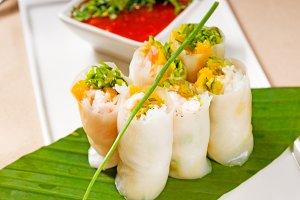 vietnamese style summer rolls,