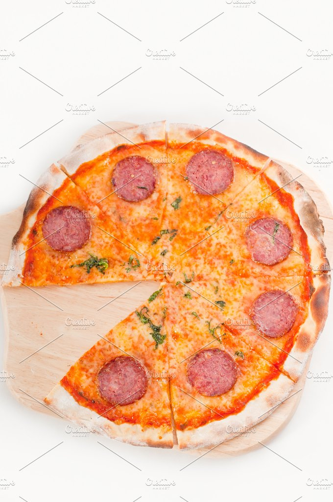 pizza 01.jpg - Food & Drink