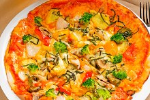 vegetables pizza  06.jpg