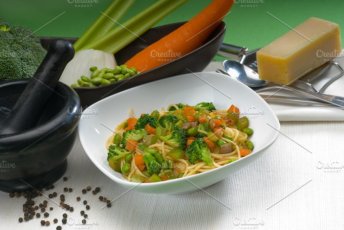 vegetables pasta 20.jpg - Food & Drink