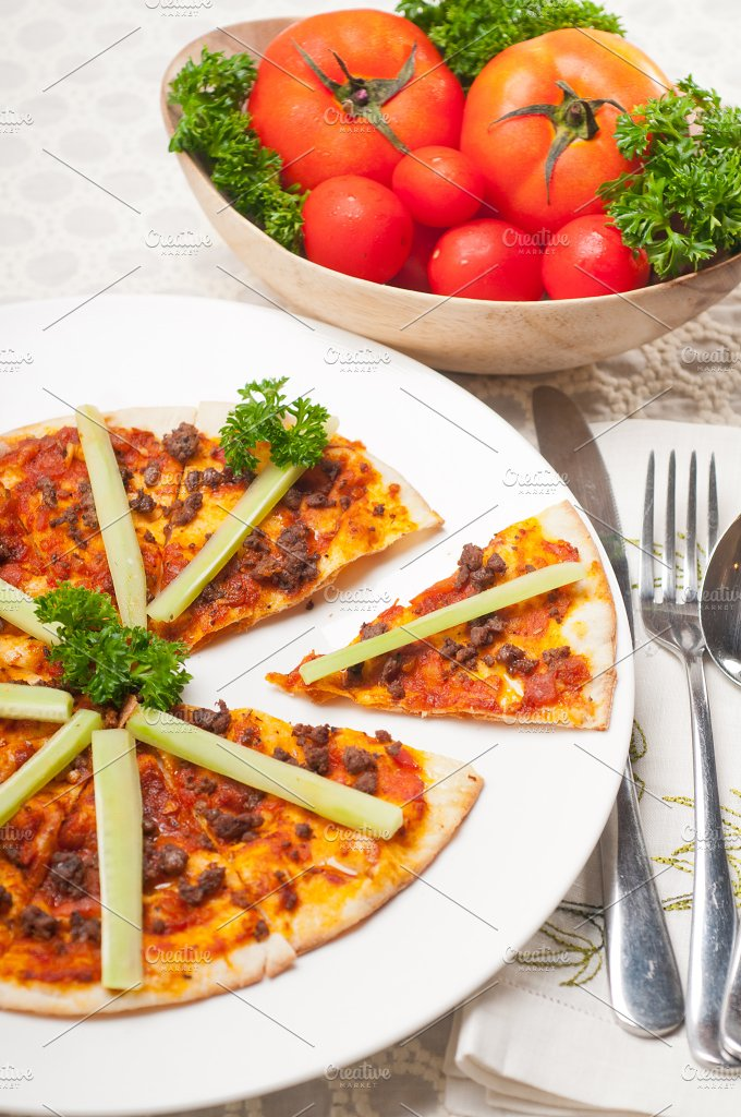 Turkish beef pizza pita 04.jpg - Food & Drink