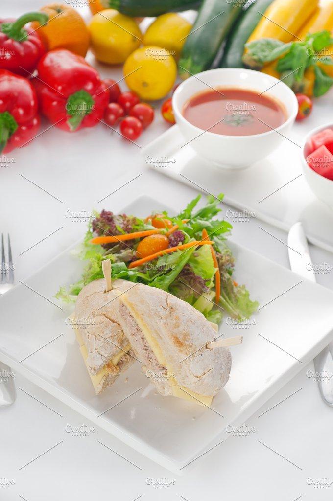 tuna and cheese sandwich 01.jpg - Food & Drink