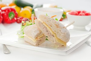 tuna and cheese sandwich 02.jpg