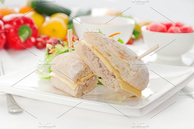 tuna and cheese sandwich 02.jpg - Food & Drink