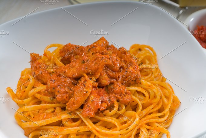 tomato and chicken pasta 2.jpg - Food & Drink
