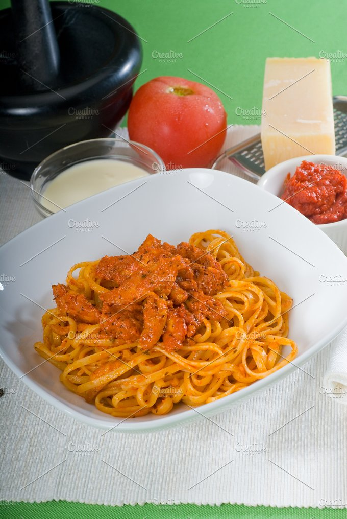 tomato and chicken pasta 16.jpg - Food & Drink