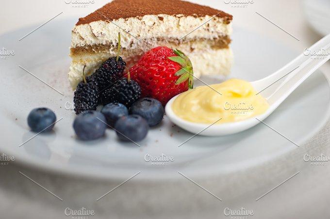tiramisu dessert 23.jpg - Food & Drink