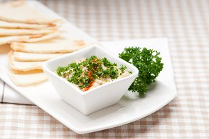 Baba Ghanoush eggplant dip and pita bread 01.jpg